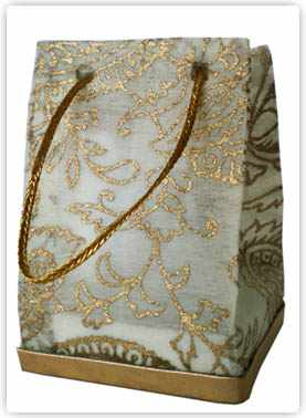 non woven recycled paper ivory with gold favor bag under the sun